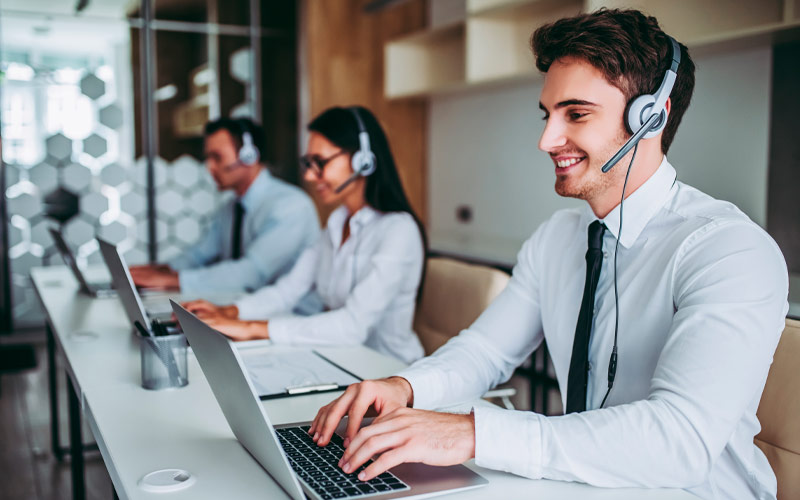 Unified Communications & Contact Center